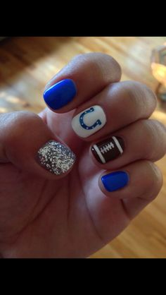 Colts nail art
