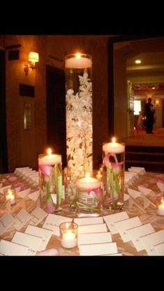 Beautiful arrangement idea for escort card table