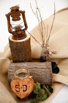 Woodsy wedding decor #weddings #outdoorwedding #winterwedding #DIY #weddingdecor