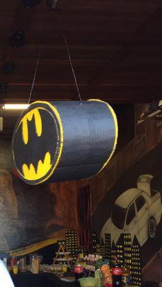 DIY: Batman Pinata / NO PAPER MACHE