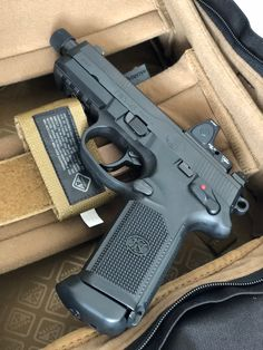 RAEIND Speedloader for Glock Handguns Double/Single Stack Magazine Speed Loader Reloader (Select Your Magazine) Airsoft Guns, Weapons Guns, Guns And Ammo, Ar Rifle, Pocket Pistol, Tactical Gear, Tactical Pistol, Tactical Survival, Shooting Guns