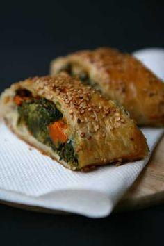 Strudel con spinaci, zucca e mozzarella - Strudel with spinach, pumpkin and mozzarella cheese