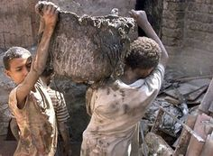 What should we do at Child Labour Day 12 june Little Children, Children In Need, Working With Children, Young Children, Labour Day, Child Labour, India For Kids, Innocent Child, Forced Labor