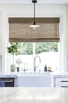 As you all know by now, we're usually big fans of all things light, bright and airy. However, we're really digging the pop of contrast… Interior Design Companies, Interior Design Studio, Home Design, Bay Window Treatments, Bungalow Interiors, Design Your Kitchen, Beach Bungalows, Minimal Home, White Home Decor