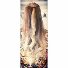 Image via We Heart It https://weheartit.com/entry/144320213/via/1233284 #blond #blonde #brow #brown #brunette #cool #curls #ends #fashion #girl #hair #hairdo #hairstyle #inspired #laugh #long #love #nice #norwegian #ombre #selenagomez #style #waves #ariana #grande #jelena #arianagrande