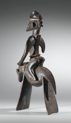 CAVALIER, SENUFO, CÔTE D'IVOIRE SENUFO EQUESTRIAN FIGURE, IVORY COAST haut. 32,5 cm, 12 7/8 in Collecté par Karl-Heinz Krieg en 1964 dans le village de Kanakoro, nord de la Côte d'Ivoire Sotheby's, Paris, 12 décembre 2012, lot vendu 90,750 EUR Arte Tribal, Tribal Art, Illuminati, Rose Croix, Afrique Art, African Sculptures, Art Premier, African Artists, Horse Sculpture