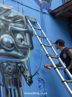 Hyper-realistic 'Up Yours' helium balloon Mural by London graffiti artist Fanakapan Helium Balloons, London Street, Site Design, Street Artists, Art World, Graffiti, Painting, Group, Board