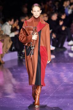 Boss Fall 2020 Ready-to-Wear Fashion Show - Vogue Fashion Week, Daily Fashion, Fashion Hub, Fashion 2020, Ladies Fashion, Fashion Addict, Street Fashion, Vogue Paris, Glamour