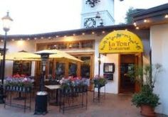 La Tour - Leashed pets allowed in outdoor dining area. Voted the best restaurant in Vail since 2006. Organic, sustanable ingredients combined into contemporary French cuisine.   122 E. Meadows Drive, Vail, CO;    970-476-4403;     http://www.petfriendlyvail.com/restaurants.html