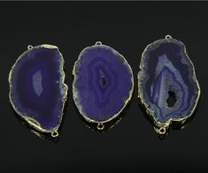 1PCS Purple Agate Raw Geode Druzy Slice Slab Charms Bulk,Plated 24K Golden Edge Double Loops Pendant Gem Names, Purple Agate, Gold Wire, Agate Gemstone, Glass Beads, Kitchen Knobs, Beaded Necklace, Gemstones, Pendant