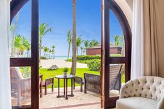 The Best Resorts for an Adults-Only Vacation - The Keys to Travel All Inclusive Beach Resorts, Couples Resorts, Best Resorts, Vacation Destinations, Dream Vacations, Vacation Spots, Beach Bonfire, Romantic Getaways, Adults Only