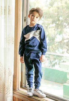 Baby Boy Fotos Portraits 51 Ideas For 2019 Cute Asian Babies, Korean Babies, Asian Kids, Cute Babies, Cute Baby Boy, Cute Little Baby, Cute Boys, Cute Kids Fashion, Boy Fashion