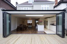 Lovely bifold doors - definitely what will be going into the rear extension! Glass Extension, Roof Extension, Extension Ideas, Extension Google, File Extension, Extension Designs, Style At Home, Single Storey Extension, Kitchen Diner Extension