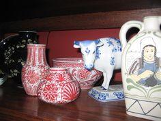A variety of Royal Delft, De Porceleyne Fles items.