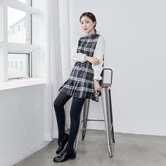 Mock Neck Contrast Sleeve Check Dress  #koreanfashion #koreanstyle #inspirations #streetfashion #fashion