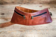 Leather BELT / FANNY PACK. Cowhide vegetal tanned leather belt bag. Leather Hip Pouch waist form. Leather Travel Fanny Pack