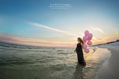 Baby+Avery+is+on+the+way+|+a+lush+and+beach+maternity+session+{beach+maternity+photographer}