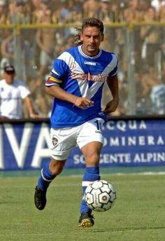 Football Shirts, Football Team, Roberto Baggio, All Star, Baseball Cards, Running, 2000s, Italy, Sport