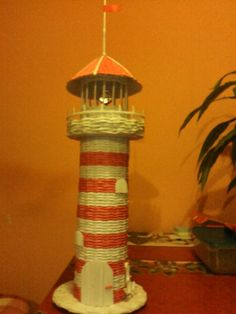 Paper Basket, Birdhouses, Wicker, Buildings, Projects To Try, Weaving, Places, Home Decor, Eggs