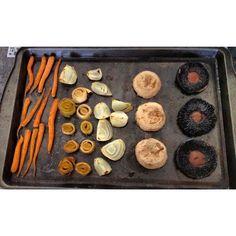 Sascha Barboza @Sascha Schneider Barboza 24 abr Vegetales horneados! Sin aceite,solo un poco d sal marina+pimienta+oregano.Puedes agregar calabacin,berenjenas etc