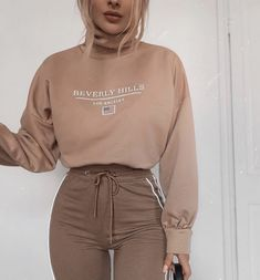 As comfy as pyjamas. Can apply fake tan and have no issues with staining. Yasss to this kind of outfit 😂 wearing - product codes… Teen Fashion Outfits, Sporty Outfits, Mode Outfits, Stylish Outfits, Fall Outfits, Modest Fashion, Fashion Clothes, Fashion Dresses, Mode Streetwear