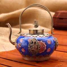 new retro Oriental antique blue porcelain collectable kettle teapot statue hot