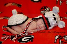 Newborn Photography . . . UGA Football Baby . . . Georgia Bulldogs . . . Go DAWGS! Custom Hat and Tushy Cover