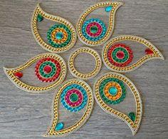 Big Colorful Indian Rangoli in Paisley Indian Diwali by Kalakruti Rangoli Designs Flower, Rangoli Patterns, Quilling Patterns, Diwali Designs, Diwali Celebration, Diwali Party, Acrylic Rangoli, Indian Rangoli, Paisley