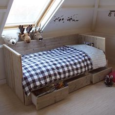 Natural boys room with large gingham check duvet - Mommo Design.