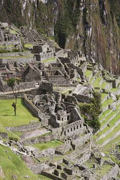 The Lost City of Machu Picchu Places Around The World, The Places Youll Go, Places To See, Around The Worlds, Machu Picchu, Beautiful Sites, Beautiful Places, Inka, Mysterious Places