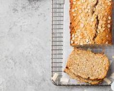 Almond and Slice Oatmeal Cake Recipe - Dessert Bread Recipes Banana Bread Recipes, Almond Recipes, Low Carb Recipes, Quick Snacks, Quick Meals, Köstliche Desserts, Dessert Recipes, Snacks Recipes, Oatmeal Cake