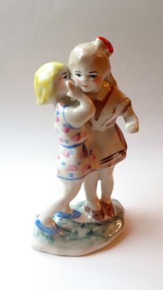 "Soviet little rare porcelain figurine ""Two sisters"" (one of them is Pioneer Girl) Polonsky factory of art ceramics USSR 1950-1960s"