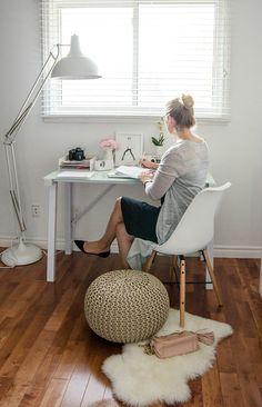 White Home Office Decor Upgrade with @jyskbedbathhome #bloggeroffice www.rosecitystyleguide.com