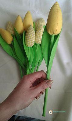 żółty tulipan z materiału diy