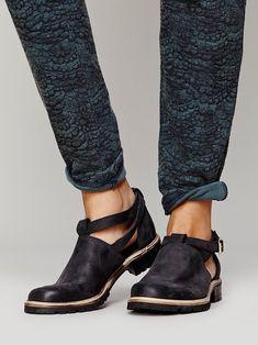 Free People Bailee Shoeboot at Free People Clothing Boutique - http://sorihe.com/zapatosdemujer/2018/03/19/free-people-bailee-shoeboot-at-free-people-clothing-boutique/ #shoeswomen #shoes #womensshoes #ladiesshoes #shoesonline #sandals #highheels #dressshoes #mensshoes #heels #womensboots #womenshoesonline #buyshoesonline #cheapshoes #cheapshoesonline #walkingshoes #silvershoes #ladiesfootwear #shoeshops #ladiesshoesonline #goldshoes #platform shoes #onlineshoestores #shoesonlineshopping…