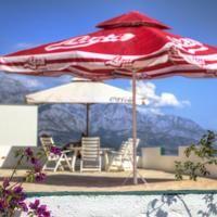 Hostel Dalmatia Hostel, Bed Linen, Linen Bedding, Beautiful Places, Most Beautiful, Patio, Guest Rooms, Family Rooms, Front Desk