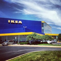 IKEA in Schaumburg, IL - Great place for lunch or a snack (love the cinnamon rolls)!
