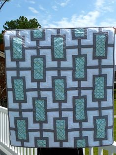 A simple but effective quilt to showcase a special fabric.....delish! Similar pattern or same ? On  twinfibers.blogspot.com.au