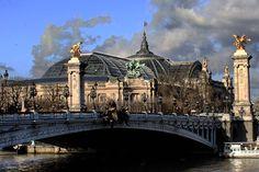 #pontalexandreiii #grandpalais #paris #loveparis #visitparis #welcometoparis #instaparis #instaeurope #milenaguideparis #iloveparis #travel #tourism #world #worldcities #beautifulcity #beautifuldestinations #seine #париж #франция #bridges