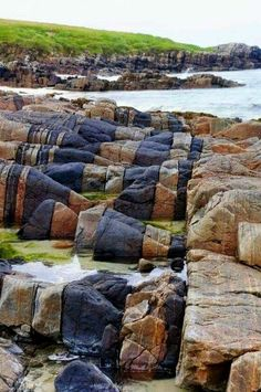 Hosta Beach rock formations - North Uist, Outer Hebrides, Scotland. Geology Wonders