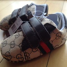 16ec0801aa1 New with tags Gucci Baby boy shoes size 3 (12-18 months).