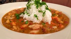 Lunchbreak: Shrimp and crawfish etouffee, prepared by Shaw's Crab House chef Pete Balodimas Stuffed Poblano Peppers, Stuffed Green Peppers, Cacio E Pepe Recipe, Cream Sauce Pasta, Crab House, Crawfish Etouffee, Cooking Jasmine Rice, Chili Ingredients, Winter Vegetables