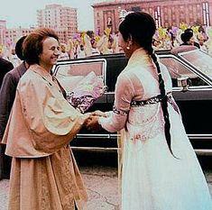 Lovitură de stat 1989 | Nicolae Ceauşescu Preşedintele României site oficial Bridesmaid Dresses, Wedding Dresses, Gq, Saree, Nicu, Formal Dresses, Halloween, Romania, Instagram