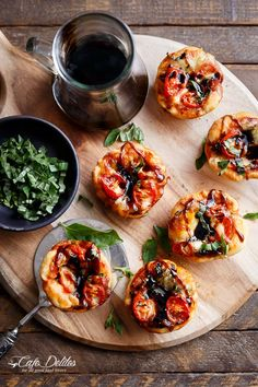 Mini Caprese Deep Dish Pizzas | http://cafedelites.com