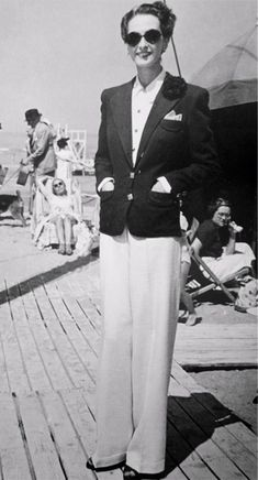 vintage everyday: Look How Beautiful These Super High Waist Vintage Pants! Fascinating Pictures of Women in Trousers from the 1930s