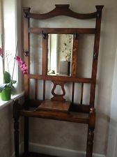 vintage coat stand Hat And Coat Stand, Coat Stands, Antique Furniture, Furniture Ideas, Hall Stand, Umbrella Stands, Entry Hallway, Vintage Coat, Kitchen Ideas