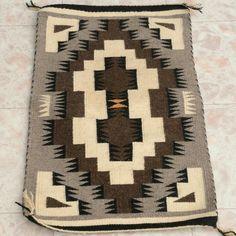 """Navajo Gallup Throw Wool Rug Wall Hanging 17"""" x 29"""""""
