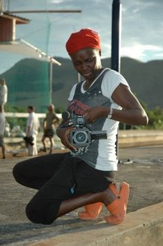 NADINE OTSOBOGO from Gabon is a filmmaker, make-up artist and founder of Djobusy Productions.
