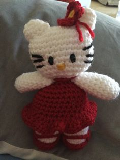 HELLO Kitty BY CONNIE