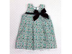 REBAJAS Vestido de niña artesanal Precio 22,80€/M Gastos de envío 5,00 € Envío gratuito en compras superiores a 30 €
